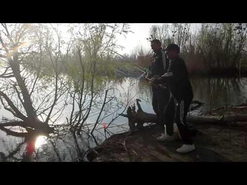 рыбалка астрахань вышка весна видео