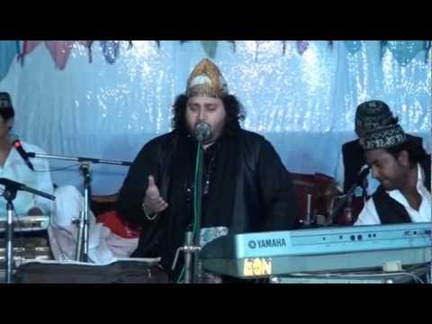 Dulha Bana Hai Khwaja - By Chand Qadri video