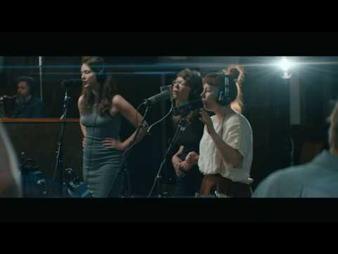 Sylvan Esso: Radio | Echo Mountain Sessions