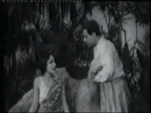 Karma (1933) with Devika Rani, Himansu Rai & a squirrel: Excerpt 1