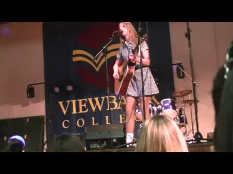 Jade Alice Ingvarson-Favretto sings Both Sides Now by Joni Mitchell