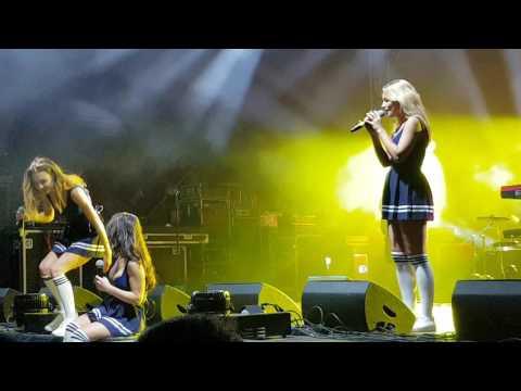 SEREBRO - Сломана / Фестиваль Танцевальная волна Таллин 1.07.2016