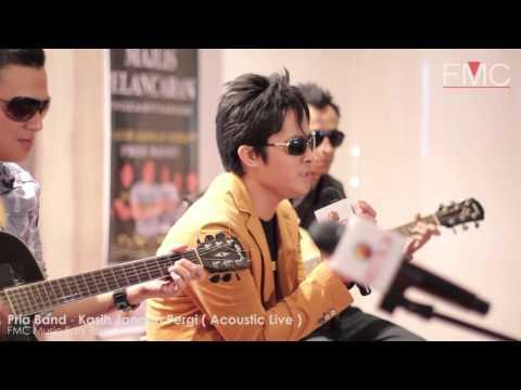 Pria Band - Kasih Jangan Pergi ( Acoustic LIVE )