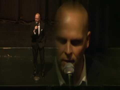 Andy Powell singing live at RNCM
