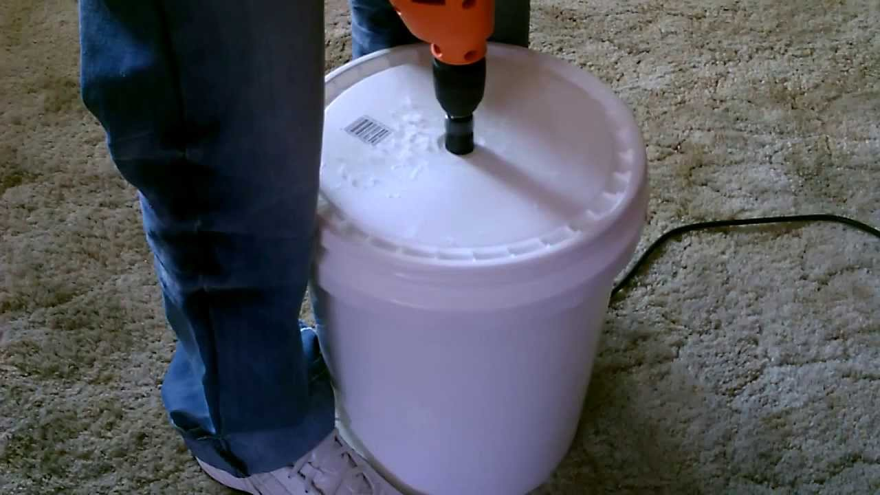 Human powered washing machine diy the 5 gallon bucket for Diy pond filter 5 gallon bucket