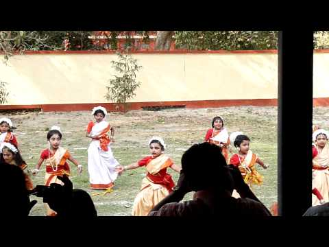 Dhaker Tale  Dance By Girls, Rmp School, Kanchrapara video