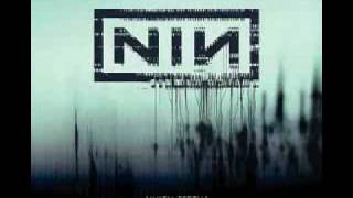 Watch Nine Inch Nails Right Where It Belongs video
