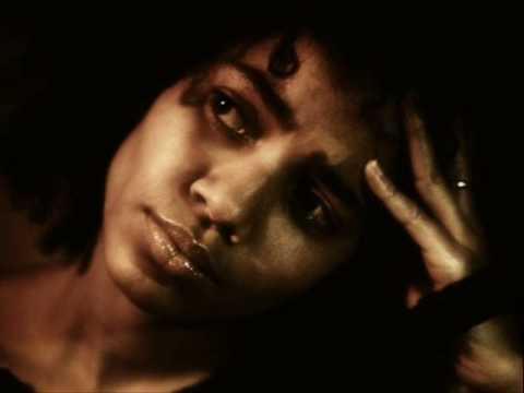 Nneka - running away