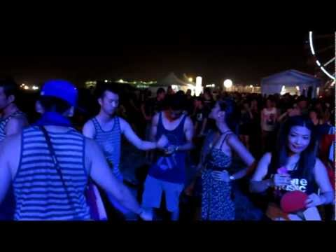 Harlem Shake v10000000 at Future Music Festival Asia 2013 Post ASOT600 Party in Kuala Lumpur
