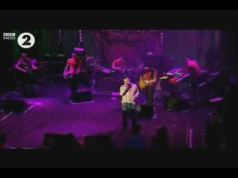 Morrissey - 05  I&#039;m Throwing My Arms Around Paris (BBC Radio 2)