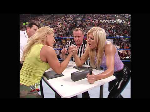 SmackDown 7/19/01 - Part 6 of 8, Trish Stratus vs Torrie Wilson