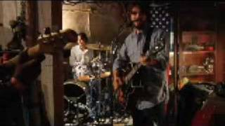 Watch North Mississippi Allstars Keep The Devil Down video