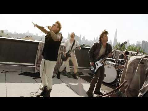 Papa Roach - Still Swingin (Behind the Scenes) (@paparoach)