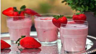 Strawberry Lassi at Home