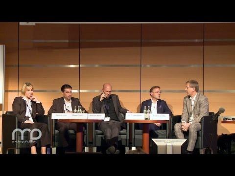 Panel: Kommunikationsgigant Zeitung - Neue Zeiten - neue Wege