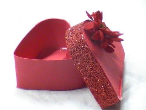 Come fare una scatola a forma di cuore per san valentino - YouTube