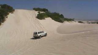 Landcruiser vs Defender