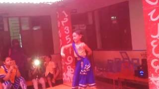 Little girl(4years) dancing in bangla song