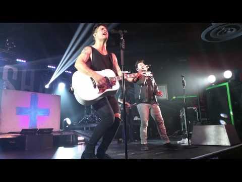 Dan + Shay - 19 You + Me (Live)