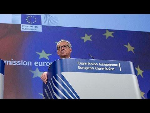 EU's Juncker warns Greece again