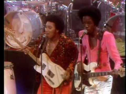 Earth, Wind & Fire Shining Star 1975 Midnight Special Music Videos