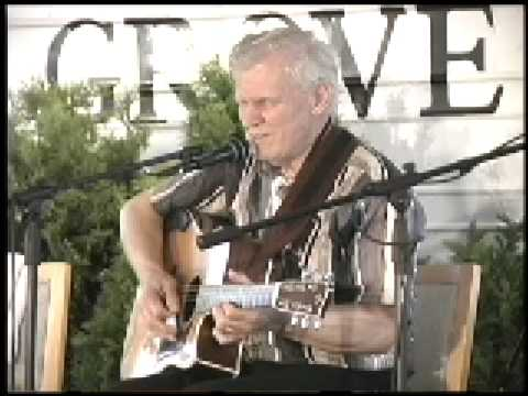 Doc Watson I'll Rise When The Rooster Crows