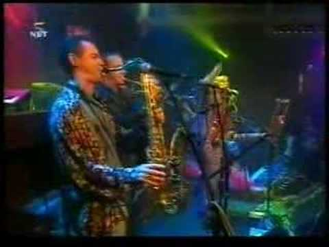 Candy Dulfer & Funky Stuff - In the slot