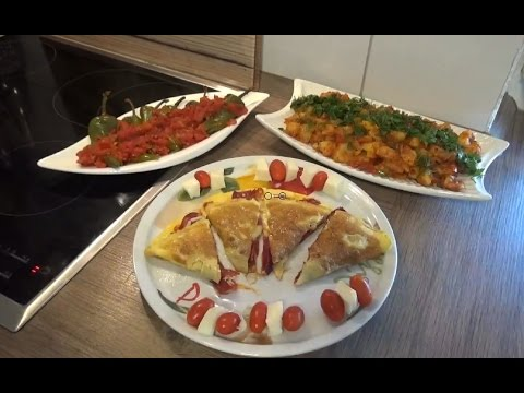 Patates Kavurmasi, Pastırmalı Omlet ve Biber Kızartmasının Tarifi