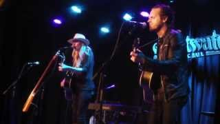 Watch Holly Williams I Hold On video