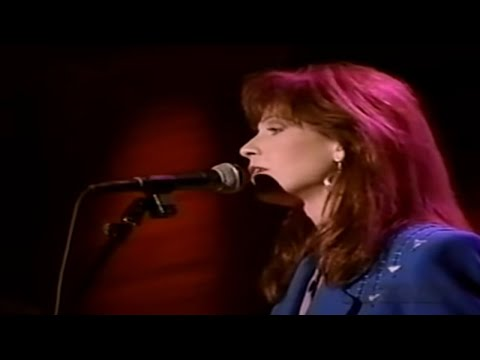 Patty Loveless - Mr. Man In The Moon