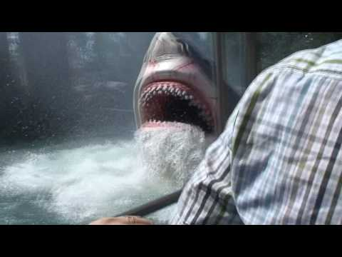 JAWS Full Ride in HD - Theme Park - Orlando - Funny