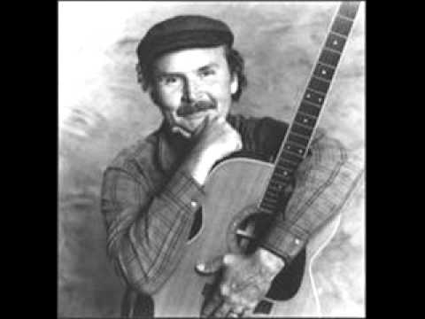 Tom Paxton - Johnny Got A Gun