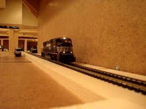 HO Scale Norfolk Southern SD70M with MRC Sound Decoder