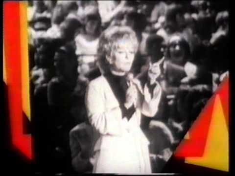 Petula Clark - Downtown '88