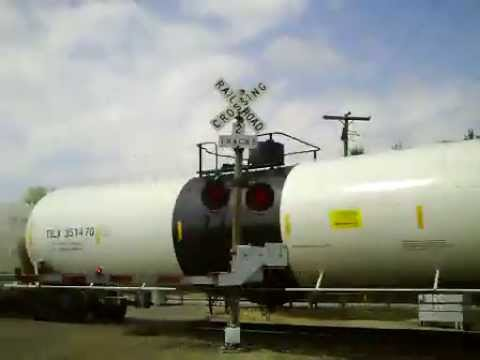 NS 1035 East Crude Oil Train (5-20-2013)