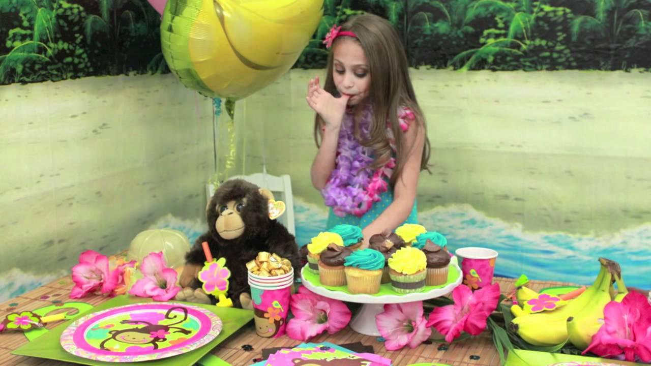 Monkey love party
