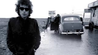 Watch Bob Dylan Knockin On Heavens Door video