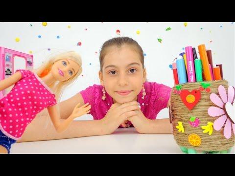 Играем с Барби - Делаем карандашницу своими руками