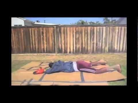 Junkie XL - Off The Dancefloor (ft. Isis Salam)