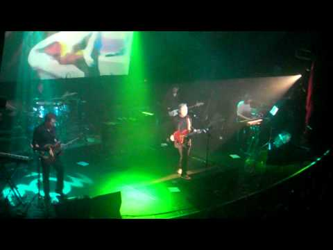 NEW ORDER - Temptation - Live in Paris Bataclan - 19/10/2011 (High quality)