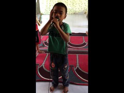 Azan Of 8 Years Old Boy Hafsin Manuel From Mati City Philippines. video