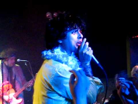 Foxboro Hot Tubs - It's Fuck Time (new Song)  Don Hill's, Nyc [april 23, 2010] video