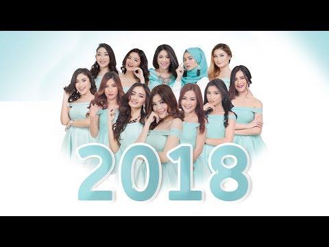 Kitty Live & Mico - 2018 Calendar (Photoshoot) thumbnail