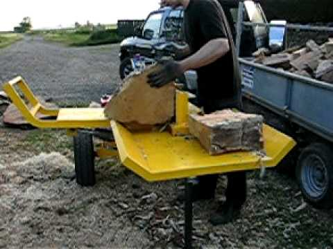 Homemade log splitter with hydraulic log lift