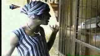 Marie Ndiago et le boutiquier