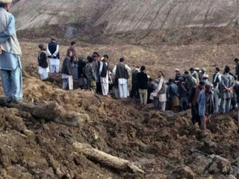 Hundreds killed in deadly Afghanistan landslide