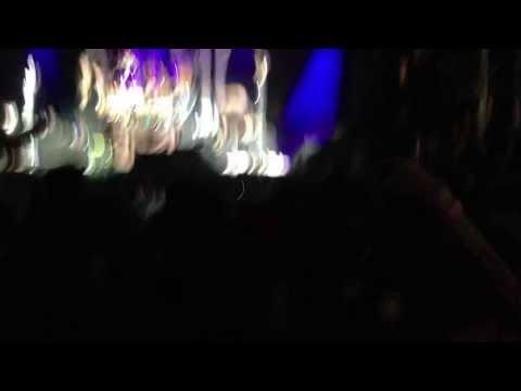 Korn - Never Never *live Premiere* (9 14 2013) video