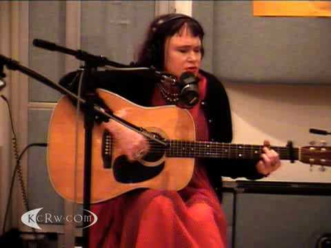 "Exene Cervenka performing ""Alone In Arizona"" on KCRW"