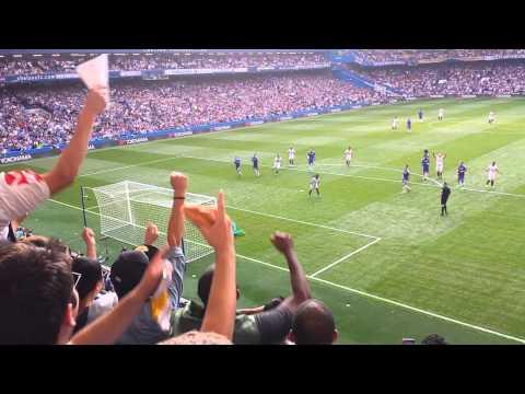 Bafetimbi Gomis penatly goal Chelsea v Swansea Aug 2015