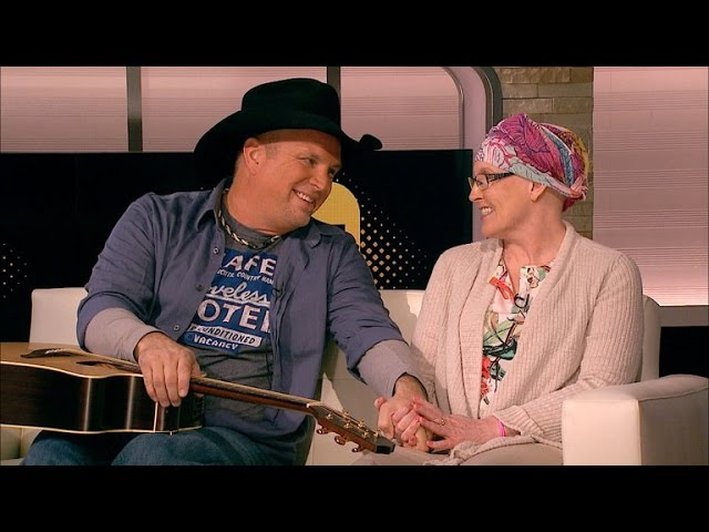 Garth Brooks Relives 'Beautiful Moment' With Cancer Patient on Entertainment Tonight